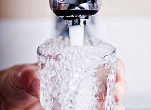 uống nước bao nhiêu cho đủ khi tập luyện để giảm cân