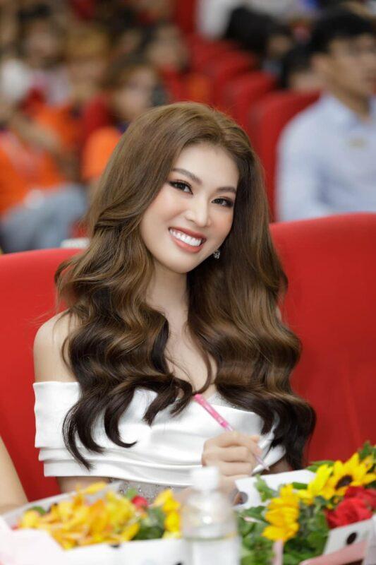 Á hậu Ngọc Thảo được mời đảm nhận vị trí giám khảo của cuộc thi Miss Hutech