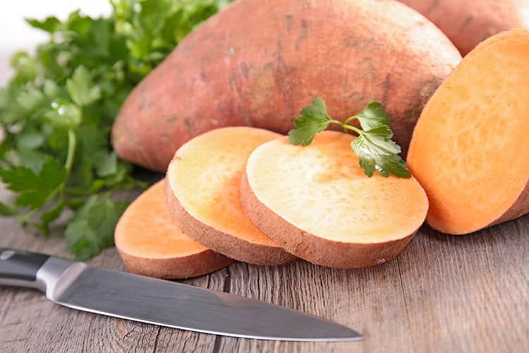 Khoai lang - 7 loại thực phẩm nên ăn tăng cơ bụng giảm mỡ