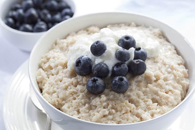 Yến mạch - 7 loại thực phẩm nên ăn tăng cơ bụng giảm mỡ