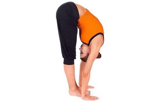 Gập người- Bài tập giảm mỡ bụng - 7 bài tập giảm mỡ bụng