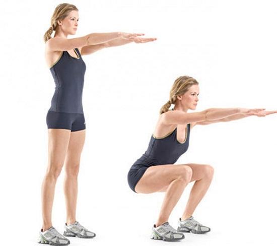 Đứng lên ngồi xuống giúp vận động toàn thân