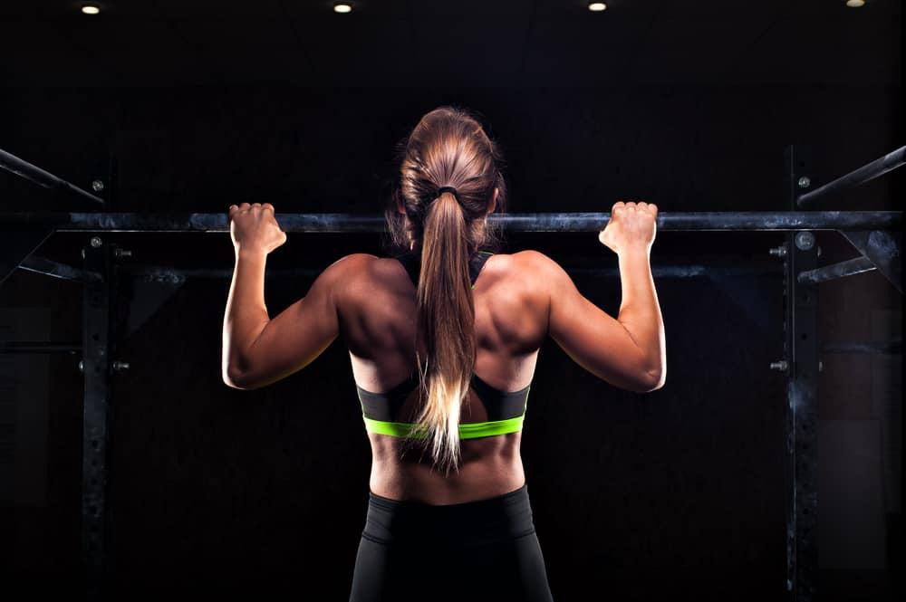 Bài tập tăng chiều cao cho cả nam và nữ - động tác đu xà đơn